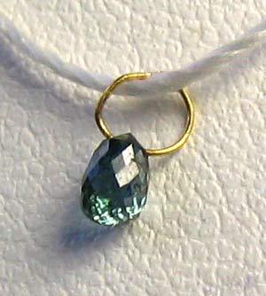 blue diamond on 18K pendant bead