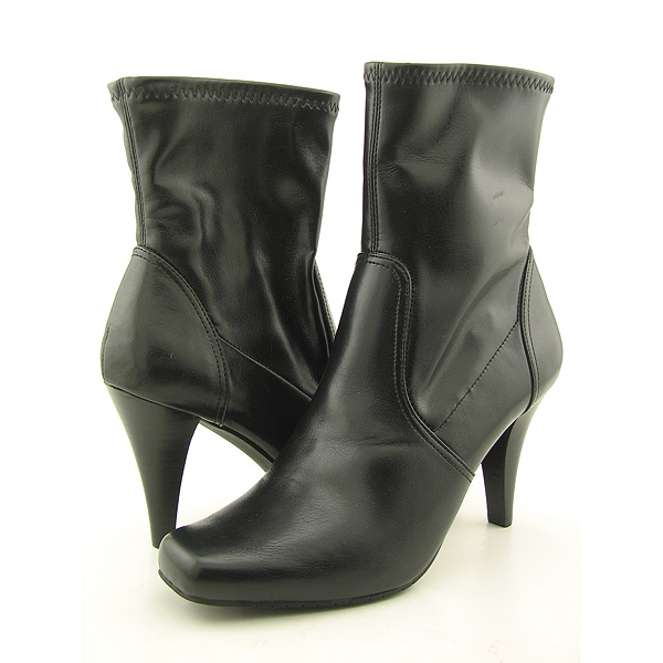 Post image for STYLE &#038; CO Smooch Boots Shoes Black Womens