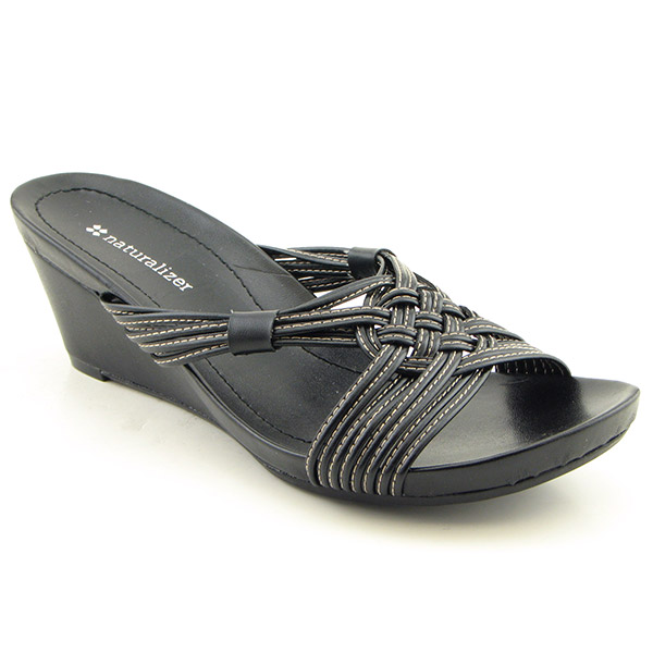 shoes online visit bizrate to find the best deals on women s shoes