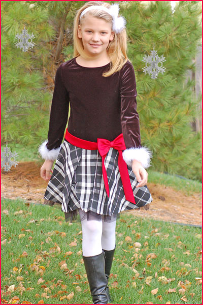 Click here for the plaid and marabou Christmas dress at Sophias Style.