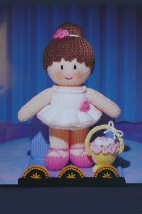 FREE KNITTING PATTERNS FOR DOLLS POLICEMAN - VERY SIMPLE ...